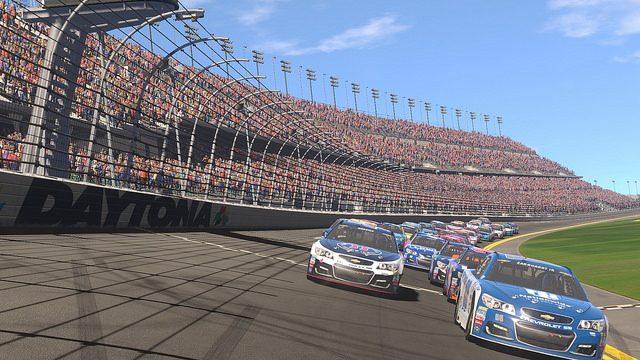 NASCAR Heat Evolution Traz Corridas para 40 Jogadores